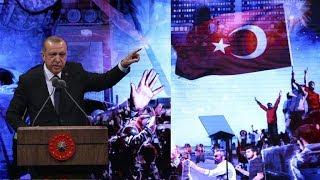 Cumhurbaşkanı Erdoğan: Ulan terbiyesizler karşınızda tek başına bir bayan var, elinde silah mı var.