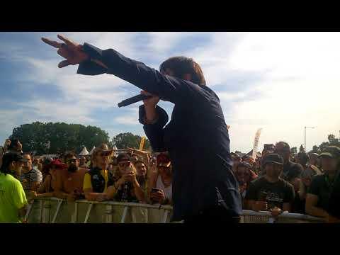 Steelheart - You Got Me Twisted @ Sweden Rock Festival 09.06 including very closeup view!