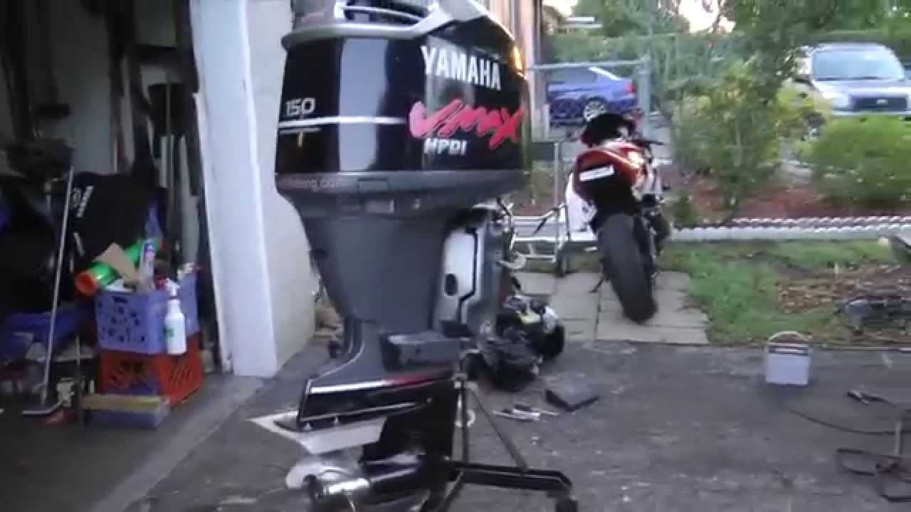 Unloading 2001 Yamaha 150 Hp Vmax Hpdi Outboard Motor