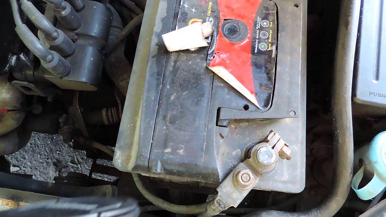 Как поменять аккумулятор в автомобиле