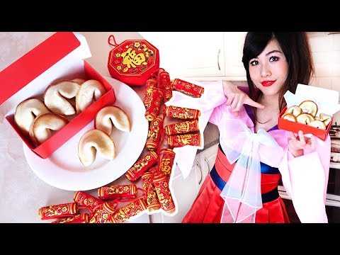 COSPLAY KITCHEN: Baking Fortune Cookies with Mulan!