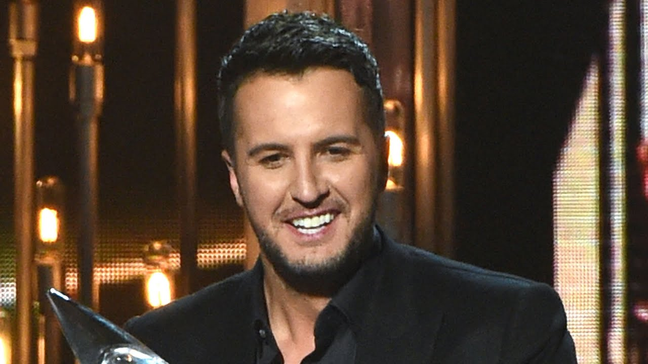 Luke Bryan Disturbed By Carrie Underwood's CMA Awards Drought