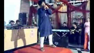 Amit Tiwari singing karz om shanti om