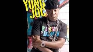 Streetz feat. Yung Joc - beat in my trunk