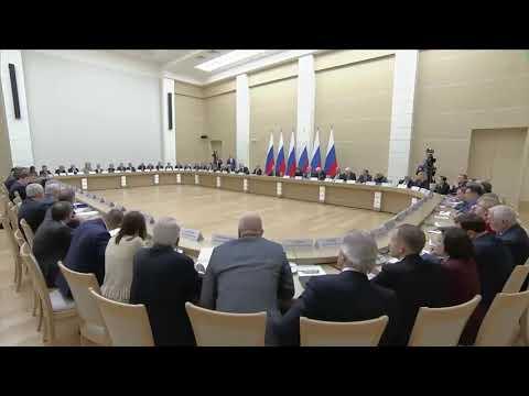 Машков просит Путина прекратить продавать территории России.