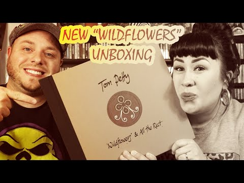 Unboxing!! NEW 9LP Tom Petty Wildflowers & All The Rest Super Deluxe Edition Vinyl Box Set
