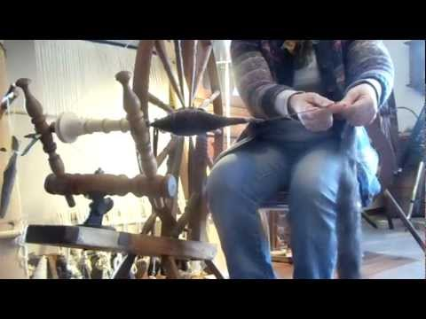 Canadian flat rim spinning wheel / spindle wheel