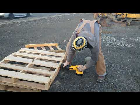 How I get my pallets into our small car!
