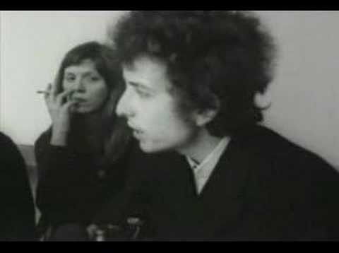 "Bob Dylan being very smart, talking to Times Magazine about evil media and ""the truth""(1965)."