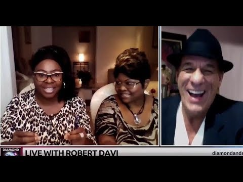 Chit Chat Live with Guest, Robert Davi  November 6, 2017