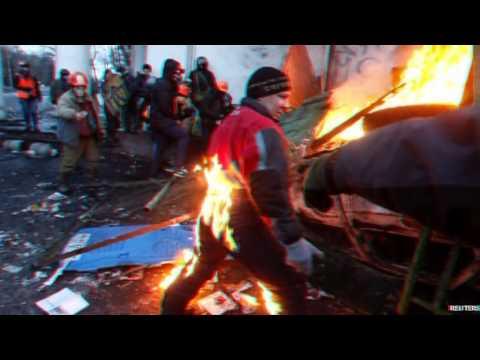 Ukraine unrest Second night of violence on Kiev streets