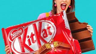 ĐỒ ĂN KHỔNG LỒ và TÝ HON! Người CUỐI Sẽ Thắng! Tự Làm Kẹo Nhỏ Xíu! Chơi Khăm cùng 123 GO! CHALLENGE