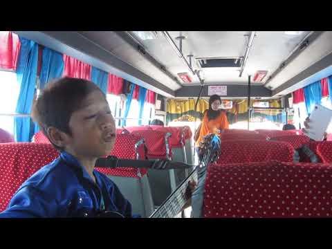 Farizal Idola Indonesia Junior di Bus