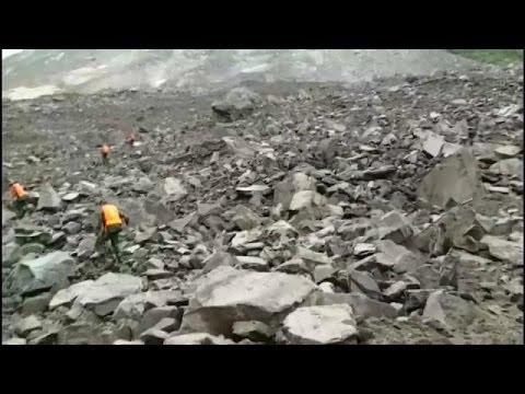 Çin'de toprak kayması En az 100 kayıp
