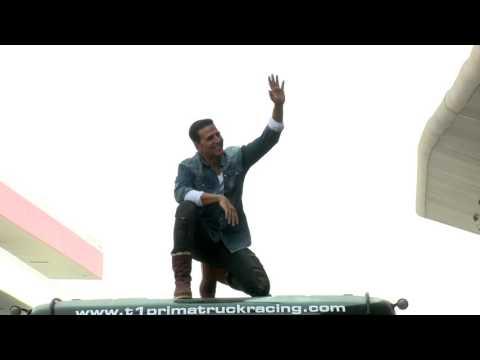 Akshay Kumar at T1 Prima Truck Racing