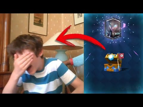TOP 10 ULTIMATE FUNNY Reaction After GETTING a LEGENDARY in CLASH ROYALE