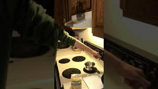 How low IQ kid fixed ramen noodles
