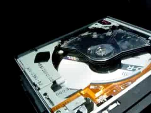 How an in-dash 6-CD changer works... - YouTube