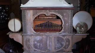 THE ADDAMS FAMILY THEME-WURLITZER 145B Band Organ