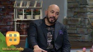 Lupillo Rivera llega a Ventaneando para hablar de sus inicios, gustos y hasta de su vida personal.