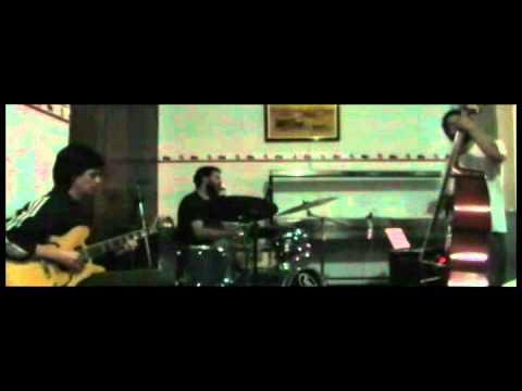 Maracatu Desfigurado - Rafael Sanches Trio