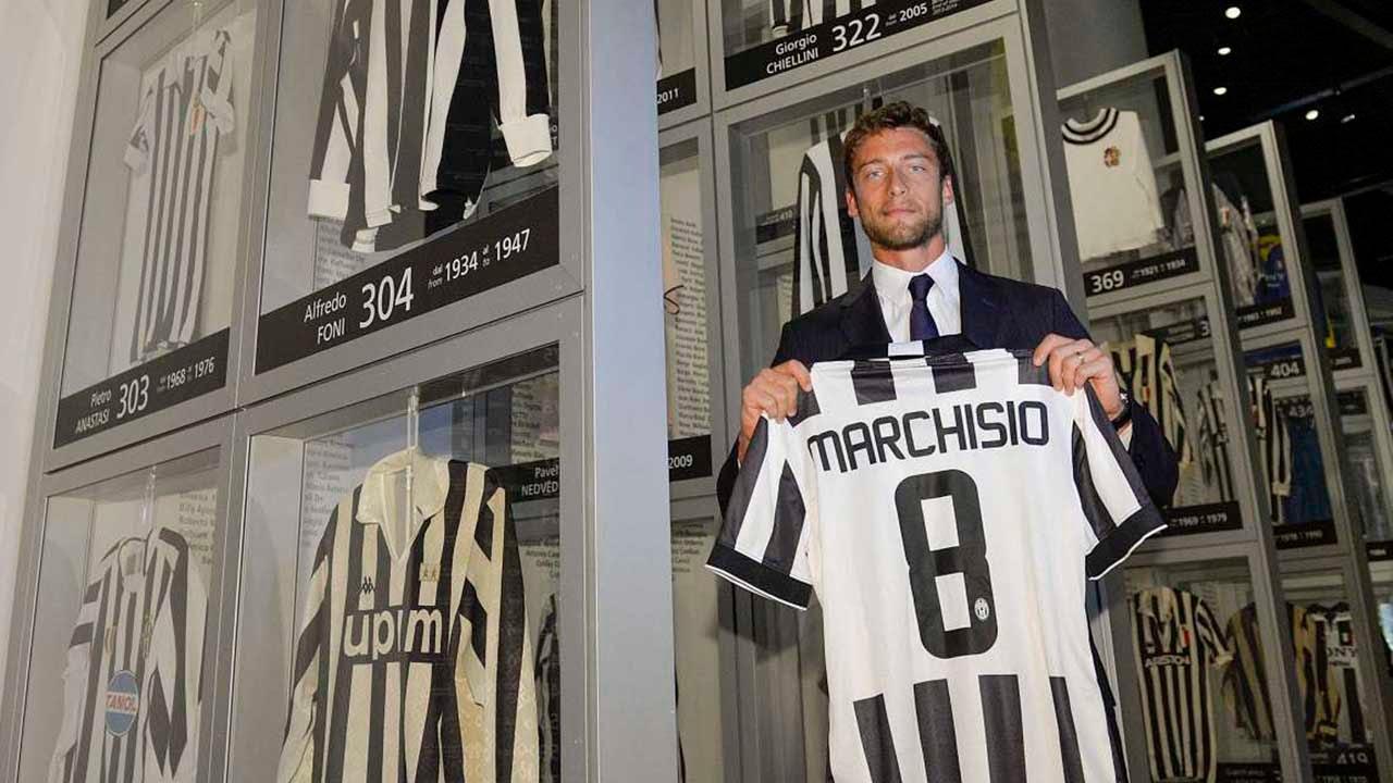 new concept 49f70 4101e Claudio Marchisio nella storia della Juventus - Claudio Marchisio enters  Juventus history