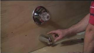 Bathroom Fixture Repair : How to Fix Low Water Pressure on a Bathtub Faucet