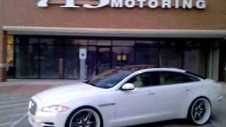713 Motoring Jaguar xjl on 24s!!!
