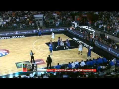 Brazil Vs. Dominican Republic / 2011 FIBA Americas Championship Semi-Final