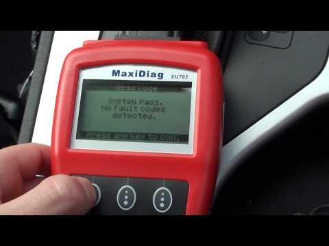 Autel EU702 Removes BMW SRS Airbag Fault Codes
