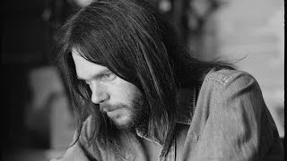 Neil Young Expecting to Fly