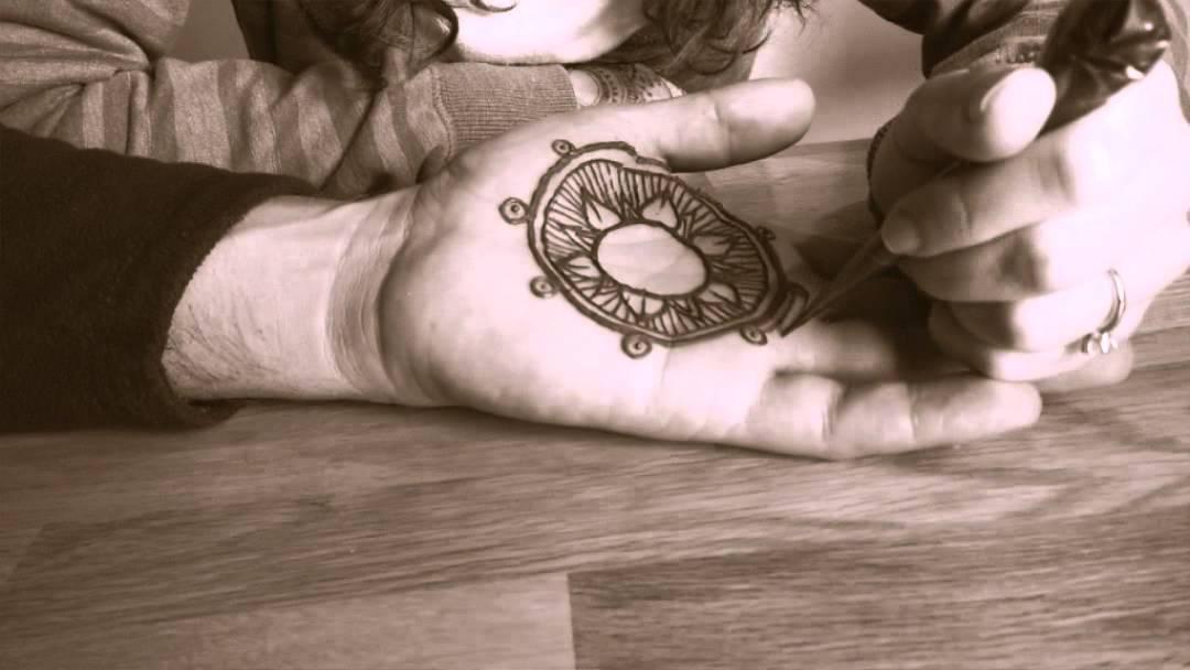 Henna Tattoo Done On A Men Hand Youtube