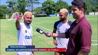 """""""Gabigol da Favela"""" se emociona ao conhecer ídolo santista"""
