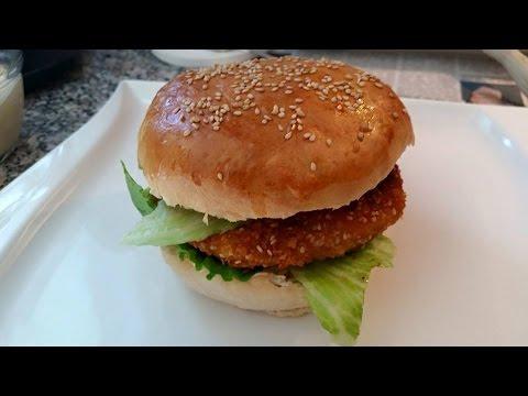 Thermomix® TM 5® Chicken Burger (Brötchen, Hähnchen Patties und Honig Senf Dip)