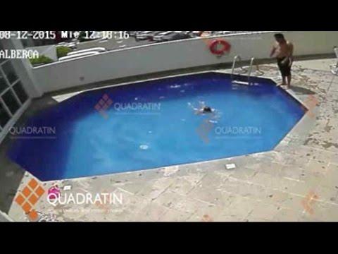 Muere una niña tras ser lanzada varias veces en piscina   Al Rojo Vivo   Telemundo