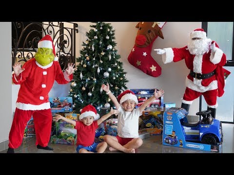 The Grinch STOLE Our Christmas Presents  Ckn Toys Xmas 2018 Children's Fun Video