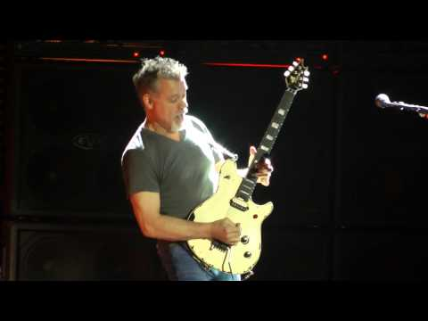 Van Halen - Runnin' With The Devil (Camden,Nj) 8.27.15