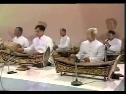 Khmer Surin Kantrum 2010 remix.mp3