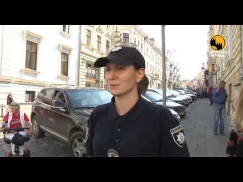 Телеканал ЧЕРНІВЦІ: Патрульні поліцейські спільно з людьми з  інвалідністю шукали водіїв, які паркуються на місцях для л