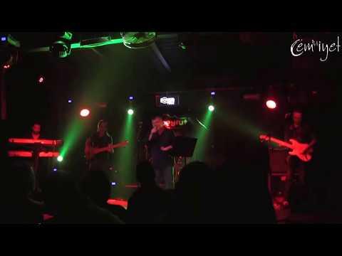 CEM KARACA 'nın Yol Arkadaşları -  Namus Belası (Beyrut Performance )