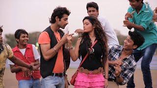 Ishq De Muhalle Vich | Superhit Song | MAKAD JAALA - A Political Trap | Hindi Movie
