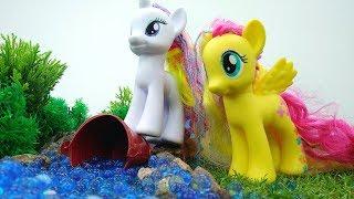 Игрушки для девочек - Пони Флаттершай и Рарити и волшебная вода