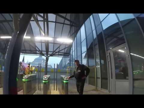 Как проходить турникет на электричку по электронному билету