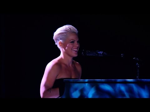 Pink: The Truth About Love Tour, Live from Melbourne (Trailer)