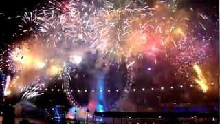 la-belle-bleue.com au feu d'artifice le 31/12/09 à Londres par groupe f (Final).mov