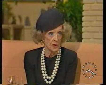 Anne Diamond Interviews Bette Davis - YouTube