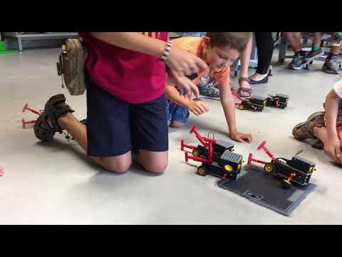 Course de robots au musée de la BD