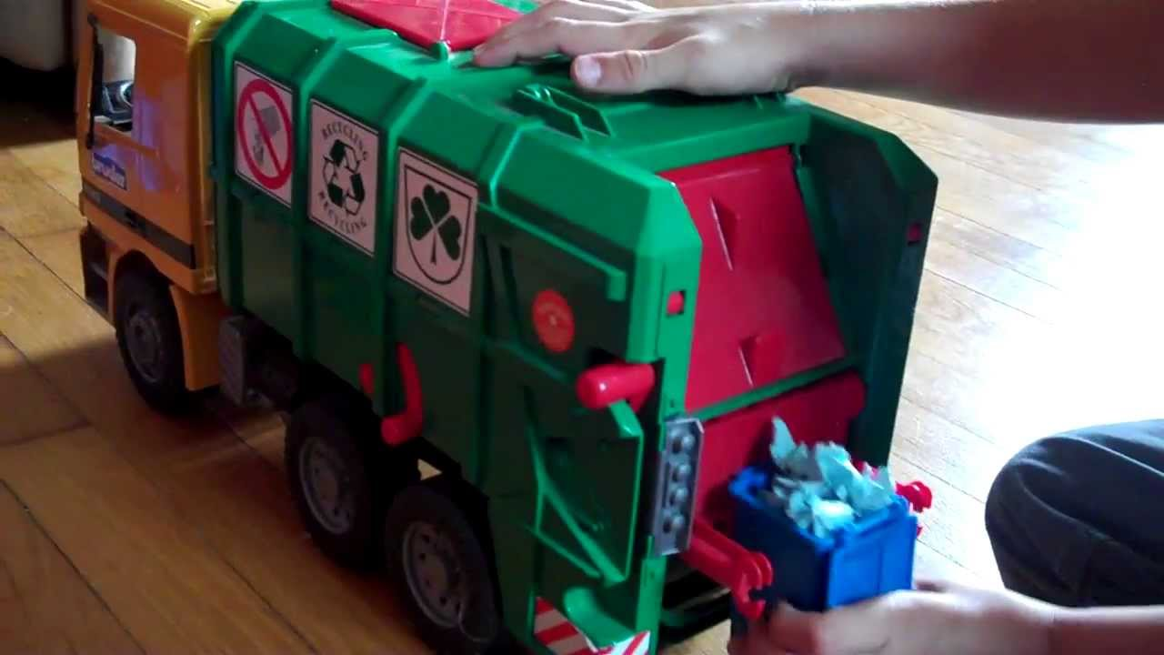 Phillips Bruder Toy Garbage Truck Video 3 Youtube