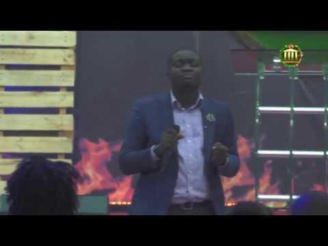 Jeshurun Okyere Live  Unplugged  Worship at The Makers House Chapel Interenational