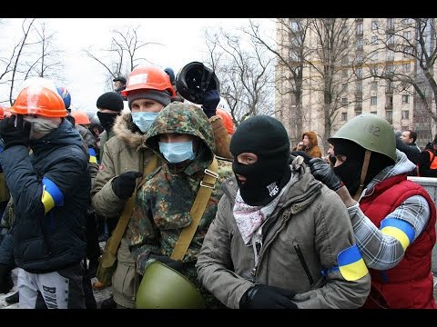 «Правый сектор» идет на штурм комендатуры Красноармейска Новости Украины